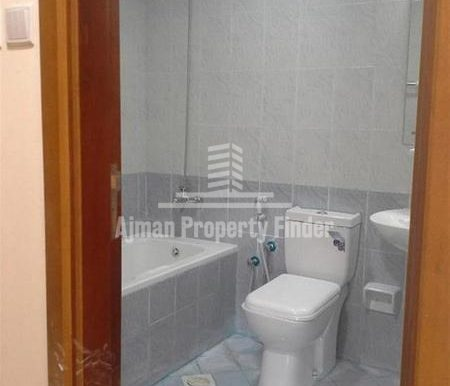 1 BHK flat in Ajman Pearl Towers - Bathroom Picture